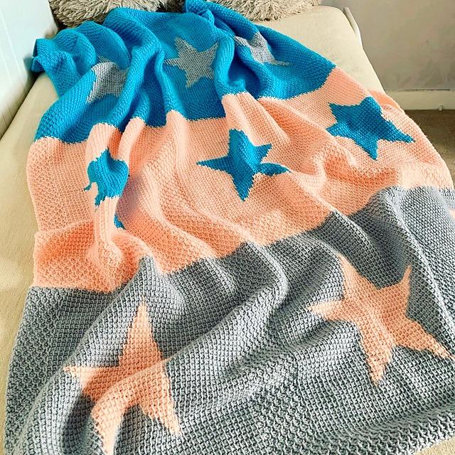 O atributo alt desta imagem está vazio. O nome do arquivo é Moon-And-Stars-Tunisian-Crochet2.jpg